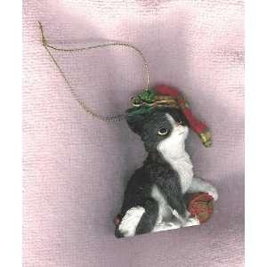 Black & White Resin Cat Ornament
