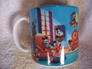 WALT DISNEY~MICKEY MOUSE~MUG~COLLECTABLE~JAPAN~