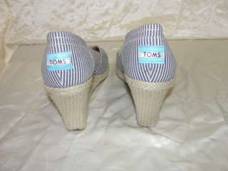 AUTH TOMS SHOES BLUE WHITE STRIPS CANVAS WEDGES HEELS 9.5