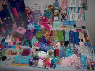 HUGE Bratz Girl Boy Lot 204 Pc SALON SPA Dolls BED Clothes CHAIRS