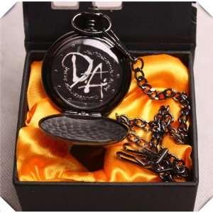 NEW Harry Potter Hogwarts Crest Pocket Watch(hw 1) Toys
