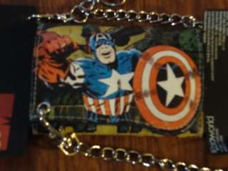 MARVEL COMICS CAPTAIN AMERICA WALLET WITH CHAIN NEW