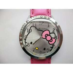 com Hello Kitty Round Shaped Wrist Watch with Synthetic Leather Band