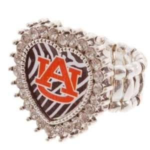 Band Ring with Crystal Rhinestones Surrounding the Heart Shaped Auburn