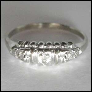 Petite 14K White Gold Ring 3 Stone Diamond Wedding Band sz 6.75