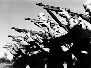 Thompson Sub Machine Gun, Mitchell Field, New York 1942 Premium Poster