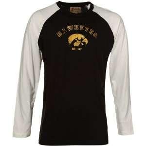 com Izod Iowa Hawkeyes Black White Raglan Baseball T shirt (XX Large