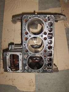Kubota D950, D 950 Diesel Engine Block