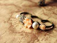 european vintage rhinestone rose imitation pearl three fingers ring