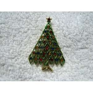 Christmas Tree Pin w/Rhinestones