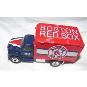 MLB Diecast 164 Scale Ford F 800 Delivery Truck White Rose Baseball