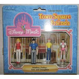 Town Square Friends: Mother Father SON & Daughter: Everything Else