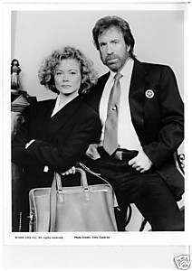 WALKER TEXAS RANGER CHUCK NORRIS SHEREE J.WILSON PHOTO
